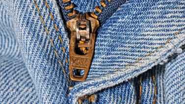 zipper-pants-jeans-clothing-39697.jpeg